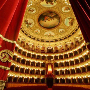 🎭Scopri il Teatro Massimo Bellini!