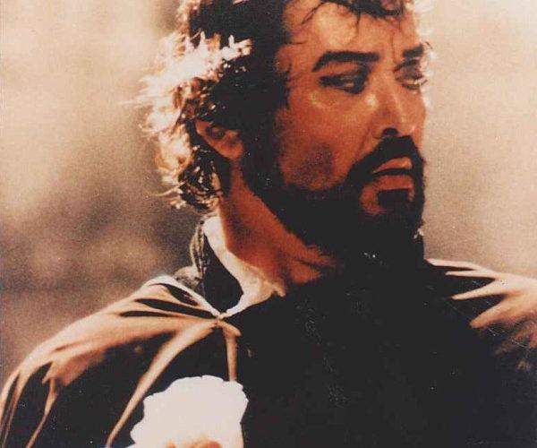 Cordoglio per la scomparsa del baritono Silvano Carroli