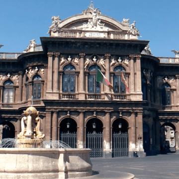 Si comunica al gentile pubblico che la biglietteria del Teatro Massimo Vincenzo Bellini rimarrà chiusa dal 15 al 24 agosto.